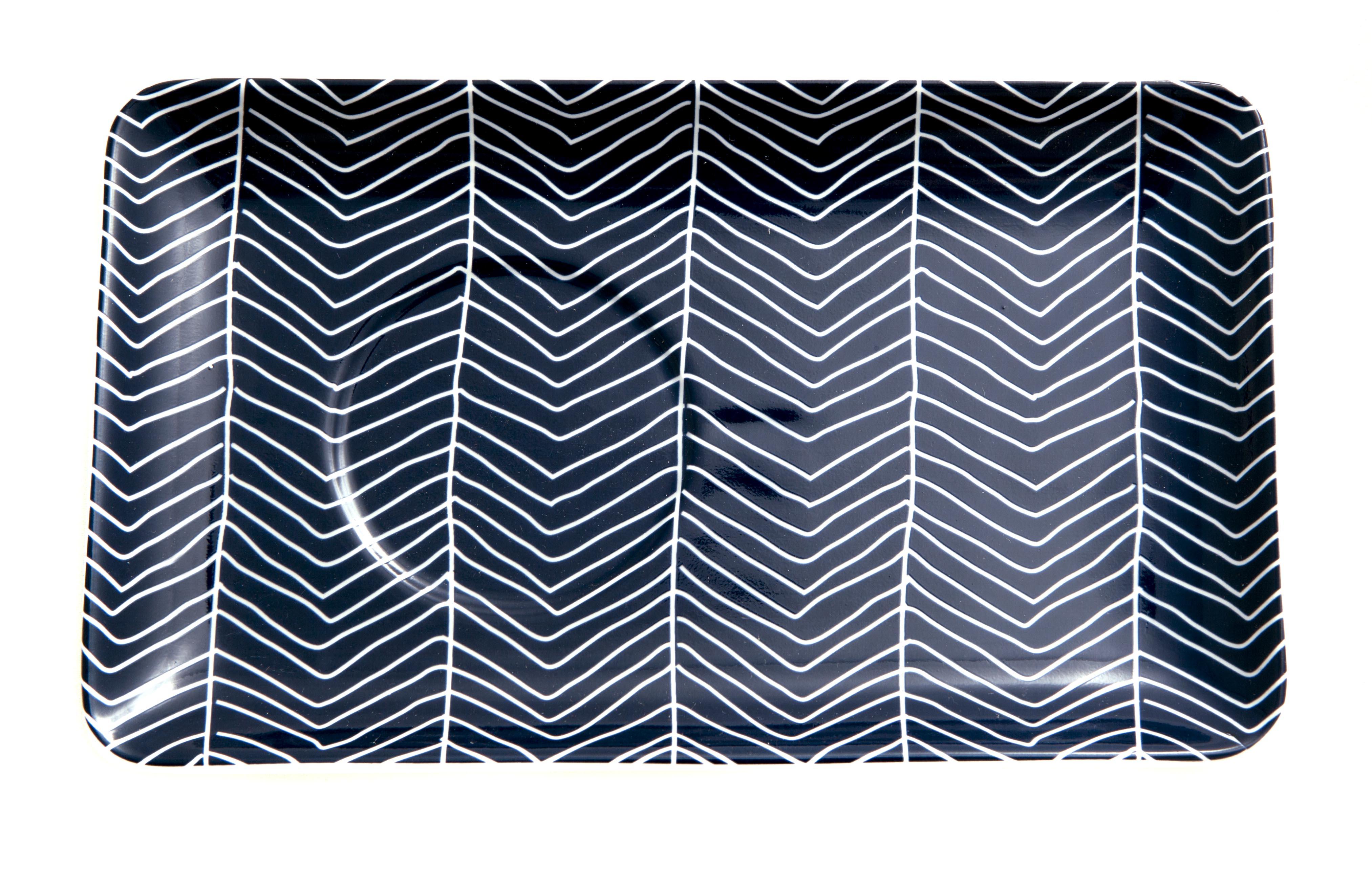 bordjes met grafische print golven